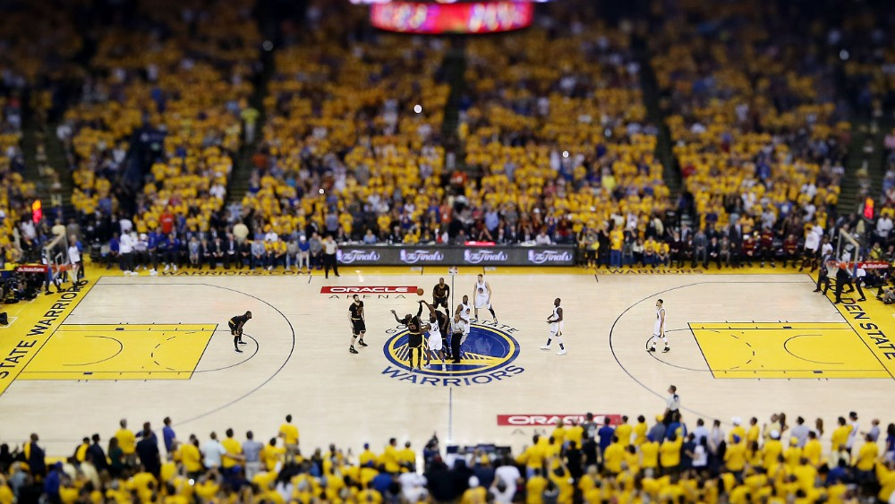 160619202258-nba-finals-cleveland-cavaliers-at-golden-state-warriors-nba-finals-cleveland-cavaliers-at-golden-state-warriors.1000x563