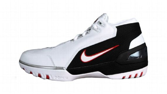 657746b00f8cb 30 Sepatu Basket Terbaik Versi ESPN.com - mainbasket.com