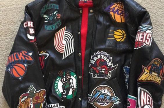 Supreme dan Nike Bawa Tren Busana Versi NBA Tahun 2000an