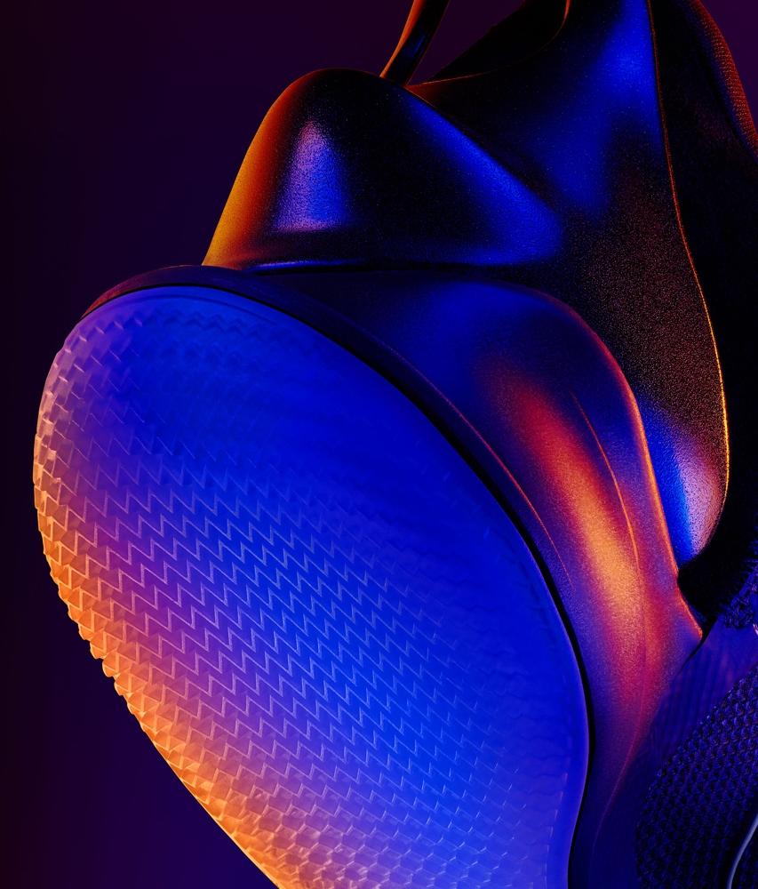 Diperkenalkan Ja Morant Nike Gaungkan Adapt Bb 2 0 Mainbasket Com